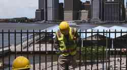 SAD pooštrio izdavanje radnih viza