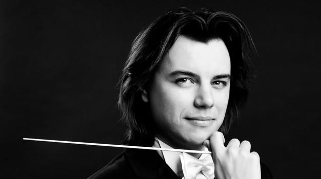 """Dawid Runtz, novi je šef dirigenta Zagrebačke filharmonije, a hrvatsku """"avanturu"""" otvara s Čajkovskim i Straussom"""