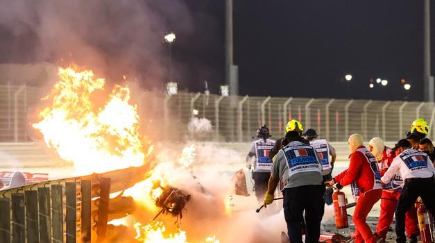 Strava u Bahrainu, Romain Grosjean nakon 27 sekundi izašao iz vatrene buktinje živ i samo malo opećen