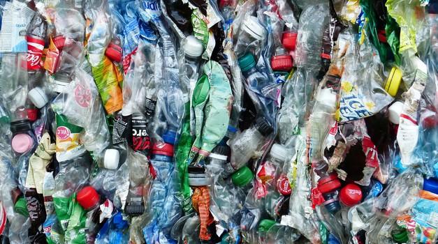 ISTRAŽIVANJE: Coca-Cola, Pepsi i Nestlé treću godinu zaredom proizvode najviše plastičnog otpada na svijetu