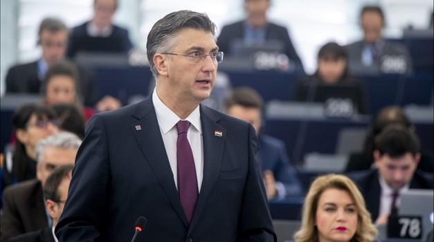 Plenković osudio ponašanje talijanskih europarlamentaraca na granici između Hrvatske i BiH, ali i SDP