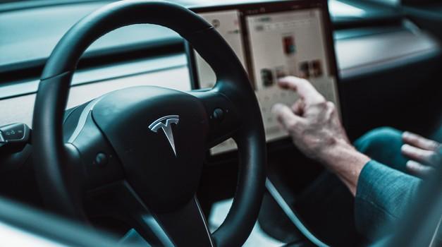 Tesla planira izgraditi svoju prvu tvornicu u Indiji
