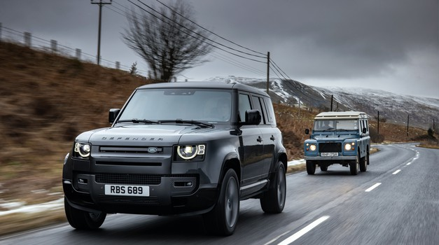 """Novi Defender V8 stiže s 525 konja ili Land Roverovo """"ruganje"""" e-mobilnosti i pošasti elekroautomobila"""
