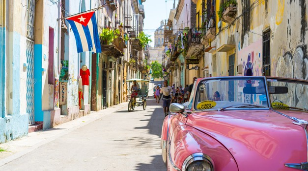 Kuba Covid-19 libre! Razvili 4 cjepiva i nude ga besplatno turistima. Ljeto na Karibima, a zašto ne? Imaju najviše doktora per capita, kakav samo zamašnjak za biznis