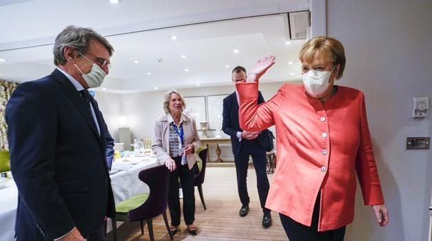 Svakom Nijemcu jednom tjedno besplatan test! Angela Merkel produžila mjere do 28. ožujka i popuštanja slijede po regijama