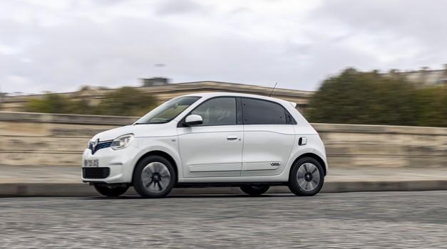 Renault izlazi iz vlasništva Mercedesa! Udio od 1,54 posto prodaju za 1,17 milijardi eura