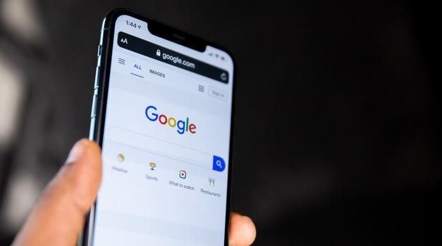 Google će dati 25 milijuna dolara za EU-ov fond protiv lažnih vijesti