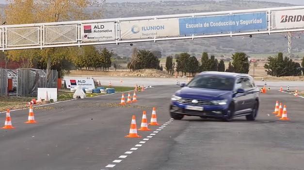 Video: Volkswagen Passat se osramotio na Los testu