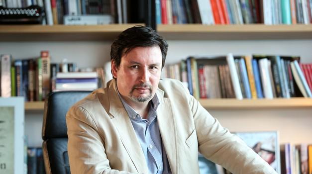 """Tužibaba Bujas upozorio 12 HR eurozastupnika o 23 milijardi eura kojima Plenković """"raspolaže"""" i daje veliku prednost državnom, a ne privatnom sektoru i građanima"""