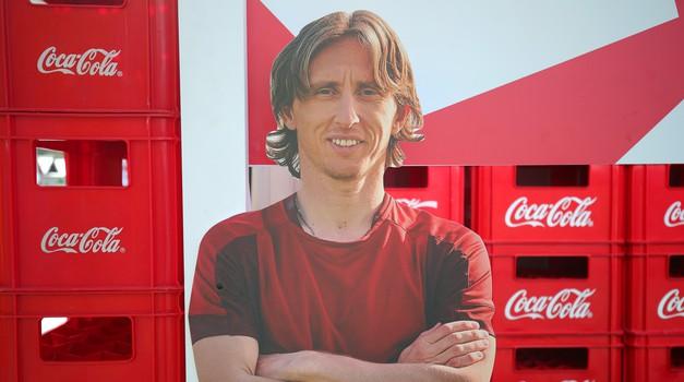Tajna (ne)uspjeha je Coca Cola, Ronaldo i Lucatelli je ne piju i pobjeđuju, Modrić je preporučuje svima