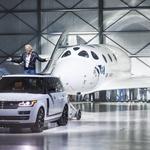 Nakon Jeff Bezosa i Sir Richard Branson odlučio je letjeti u svemir, a na put ga vodi i Land Rover (foto: Jaguar-Land Rover)