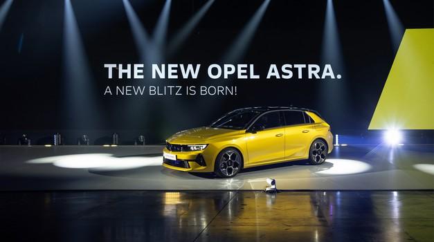 """Golf ne spava mirno! Po cijeni od 22.465 eura stigla je 6. generacija Astre, ljutog rivala """"Kralja kompaktne klase"""". Opel Astra zatvara staro i otvara novo poglavlje"""