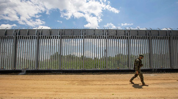 """Rugali se Viktoru Orbanu, a sad svi dižu """"žilet ograde"""". Ograde, radari i dronovi - od Grčke preko Slovenije do Estonije! Kako Europa želi spriječiti novu izbjegličku krizu"""