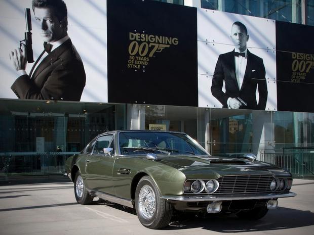 1969 Aston Martin DBS-6, On Her Majesty's Secret Service Godina prodaje: 1978 Vrijednost standardnoga vozila: 3.050 GBP Vrijednost Bondovega vozila …