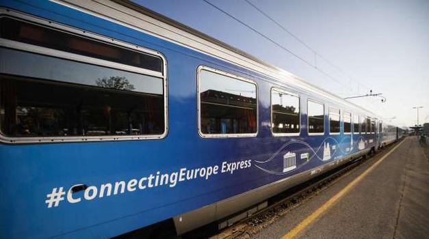 Vlak Connecting Europe stigao je na odredište u Pariz