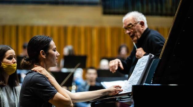 Prvi ovosezonski koncert Simfonijskog orkestra Muzičke akademije Sveučilišta u Zagrebu, Alumni 100 ove će se subote održati u sklopu ciklusa Lisinski subotom. 100. godina Muzičke akademije Zagreb